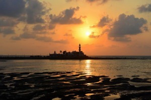 Haji Ali (Picture Source: http://flickrhivemind.net/Tags/ali,haji/Recent)